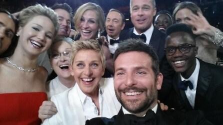 Oscar 2014, il selfie di Ellen DeGeneres che ha invaso twitter