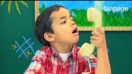 I bambini di oggi non sanno usare il telefono fisso. Non ci credete? Guardate la loro reazione