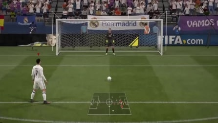 Fail di FIFA 17, il rigore di Cristiano Ronaldo: gira attorno al pallone e segna