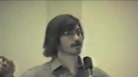 Apple, un giovane Steve Jobs racconta il futuro dei computer