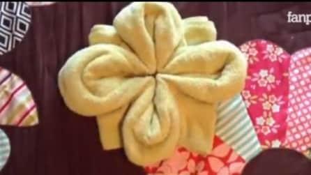 Piegare Gli Asciugamani A Forma Di Animale : Come piegare un asciugamano a forma di fiore: lidea per sorprendere