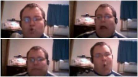 Il sosia di Peter Griffin canta a squarcia gola: le sue esilarante espressioni