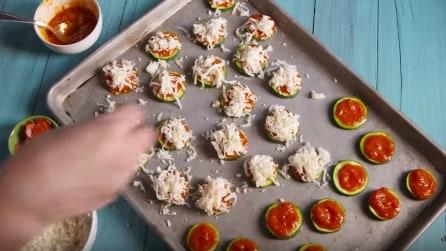 Come preparare pizzette di zucchine