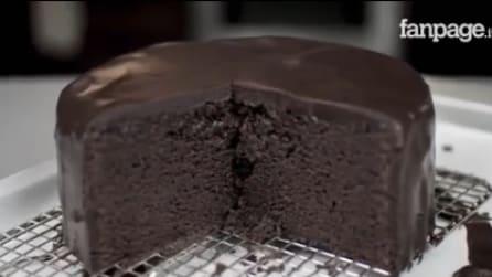 Come preparare una deliziosa Mud Cake al cioccolato: la ricetta facilissima