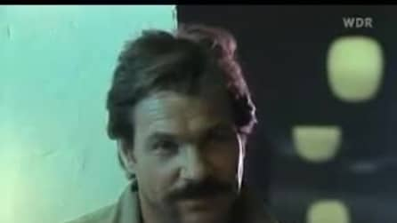 Götz George in una scena della serie tv Tatort