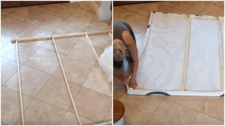 Realizzano un quadro ornamentale utilizzando la tenda della doccia: la tecnica che vi ispirerà