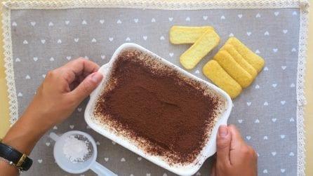 Tiramisiù allo yogurt greco: la ricetta leggera e gustosa