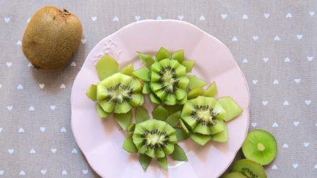 Come fare un fiore di loto con un kiwi in un minuto
