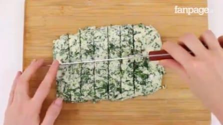 Taglia l'impasto a base di spinaci in questo modo: il risultato è da leccarsi i baffi