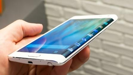 Visore virtuale, smartwatch e Galaxy Note Edge, ecco le novità di Samsung