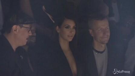 Arrivano tardi alla sfilata di Lavin, fischiati Kim Kardashian e Kanye West