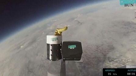 Hamburger e patatine volano per la prima volta nello spazio