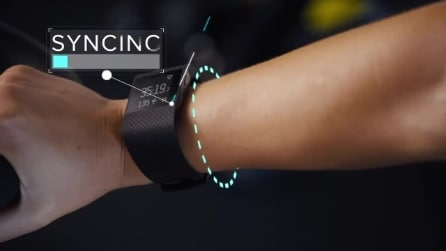 Fitbit Surge, il nuovo wearables presentato insieme al modello Charge e Charge HR