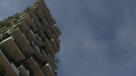 Inaugurato il Bosco verticale, le due torri residenziali che ospitano il verde