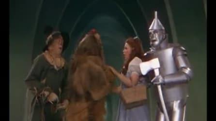"""Il mago di Oz - CLIP """"Il Leone codardo e la paura del mago"""""""