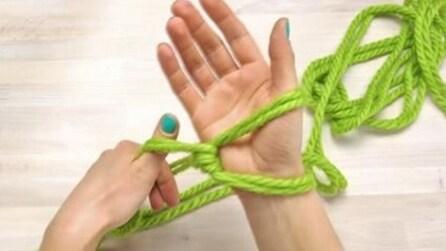 Come realizzare una sciarpa di lana senza usare l'uncinetto