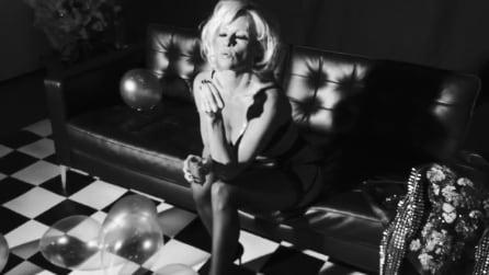 Pamela Anderson supersexy per Love Magazine