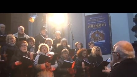 coro di Briolo Concerto di natale del 2014 2° brano bianco natal