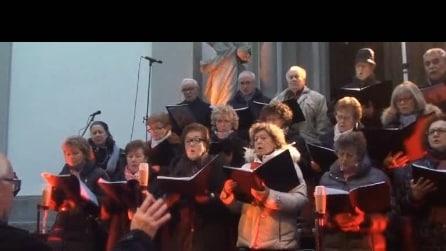 coro di Briolo Concerto di natale del 2014 ° brano tui scendi dalle stelle