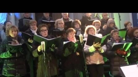 coro di Briolo Concerto di natale del 2014 5 ° brano maria lavava