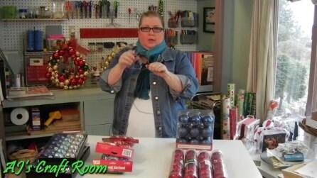 La ghirlanda di Natale realizzata con le palline