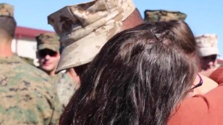 Di ritorno dall'Afghanistan, marine non si aspettava una simile sorpresa