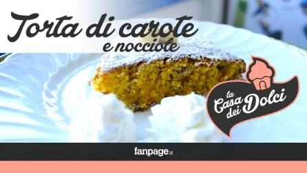 La ricetta della torta di carote e nocciole