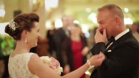 L'attesa della sposa: come reagisce un futuro marito al suo arrivo