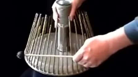 """Musicista produce suoni """"horror"""" con questo strumento """"magico"""""""