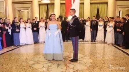 Milano, diciottenne barese diventa Cenerentola per un giorno al ballo Viennese