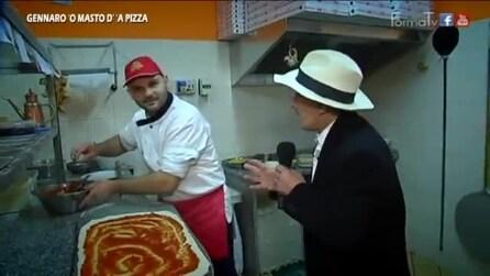 Gennaro 'O Masto d' 'a Pizza da oh figlio e'ntrocchia