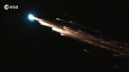 La sonda rientra dallo spazio ed esplode a contatto con l'atmosfera