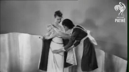 Negli anni '30 già sapevano come si sarebbero vestite le donne nel 2000