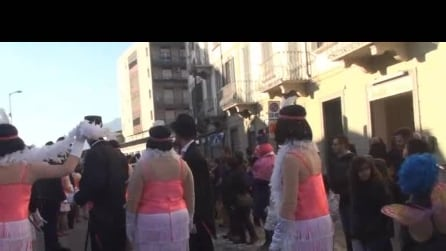 13carnevale di Alme' del 22 2 2015 sfilata carri 3°video