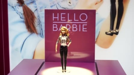 Hello Barbie, la prima bambola interattiva con connessione wi-fi