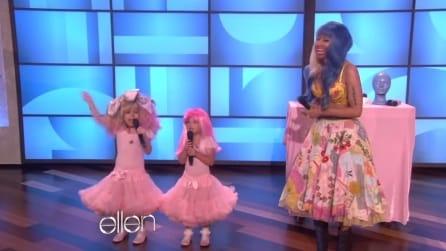 Indossano un tutù rosa e cantano insieme a Nicki Minaj: uno spettacolo fantastico in tv