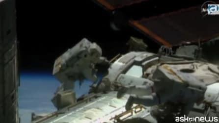 Iss, ecco la prima passeggiata spaziale