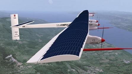 In volo intorno al mondo: l'aereo da record viaggia a energia solare