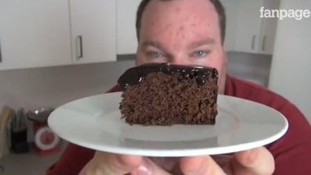 10 minuti in microonde e la torta al cioccolato è pronta