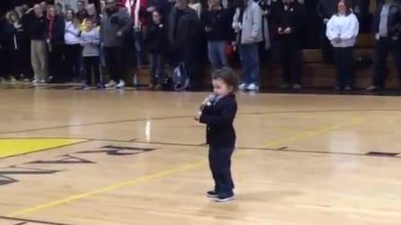 Il bimbo di due anni in grado di fare emozionare gli americani