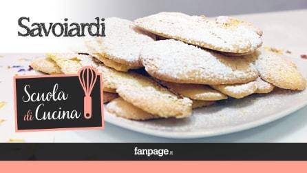 La ricetta artigianale dei Savoiardi, i classici biscotti piemontesi