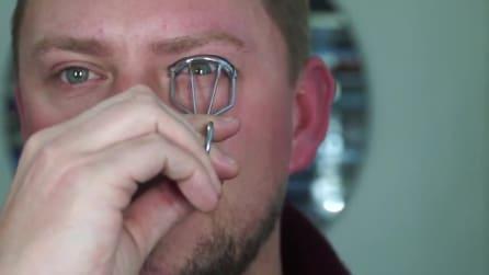Il modo più pratico per applicare l'eyeliner