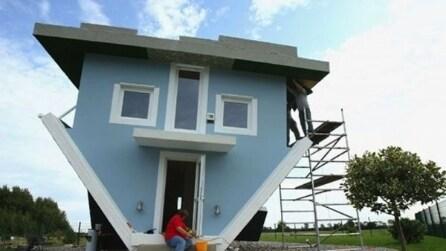 Questa casa sembra strana dall'esterno, non crederete ai vostri occhi quando guarderete all'interno