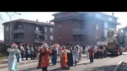 4Carnevale di mezza quaresima di ponteranica del 8 3 2015 sfilata 3° video