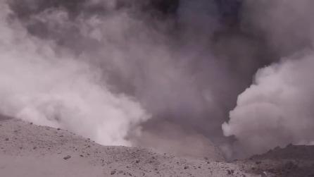 L'eruzione del vulcano Turrialba in Costa Rica