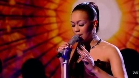 La sua interpretazione di 'Amazing Love' manda in delirio il pubblico, una voce stupenda