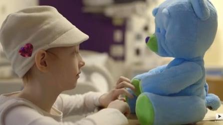 L'orso robot aiuta i bambini affetti da serie patologie a superare lo stress della degenza