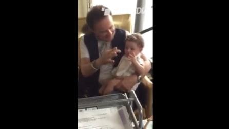 Nonno Roby Facchinetti gioca con il nipotino Leone