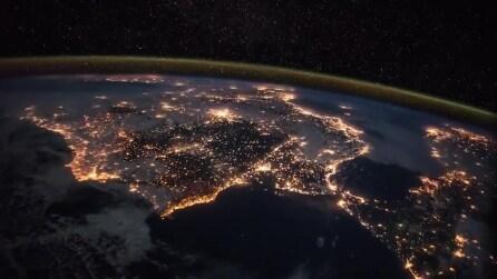 Lo spettacolo dallo spazio: ecco com'è la terra vista dalla sonda Soyuz