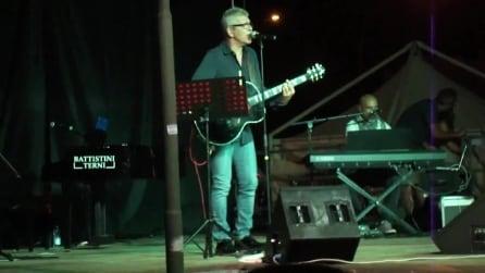 """Michele Zarrillo canta live """"La notte dei pensieri"""""""